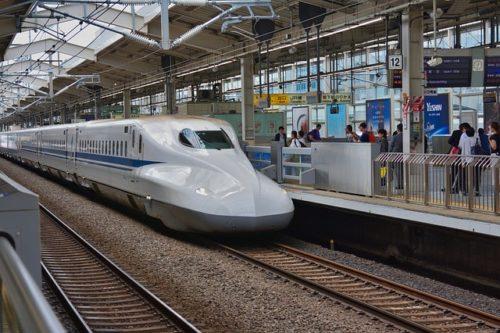 電車、新幹線、駅